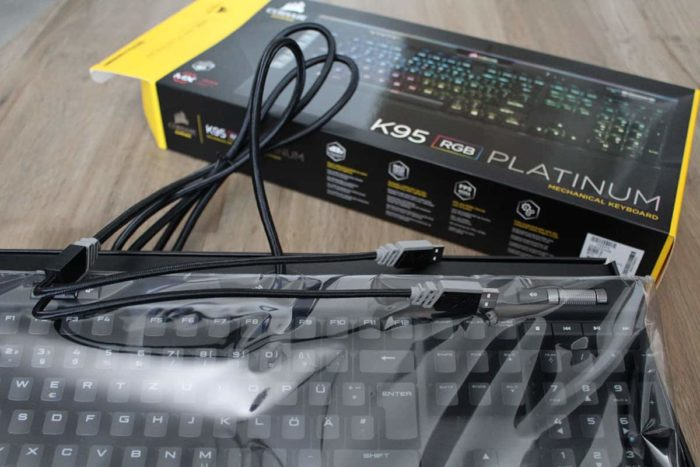 Anschlüsse der Corsair K95 RGB Platinum Tastatur